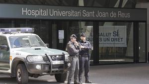 El hospital Sant Joan de Reus, durante un registro por el 'caso Innova'.