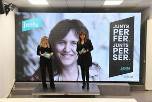 Laura Borràs y Elsa Artadi (JxCat) prometen declarar la república si el independentismo supera el 50% de votos el 14-F