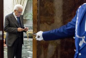 Imagen facilitada por el Departamento de Prensa del Palacio del Quirinal del presidente italiano, Sergio Mattarella.
