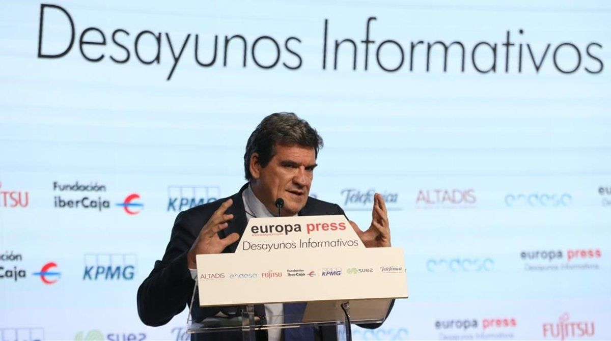 El ministro de Inclusión y Seguridad Social, José Luis Escrivá, en el desayuno informativo de Europa Press.