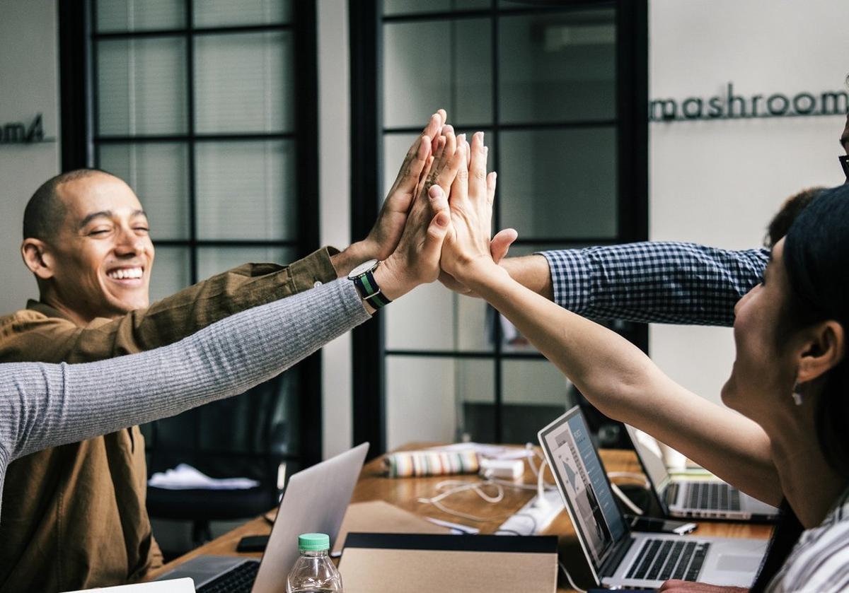 El 'team building' refuerza los lazos entre los empleados