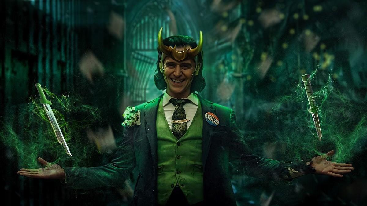 Tom Hiddleston, en una imagen promocional de 'Loki'