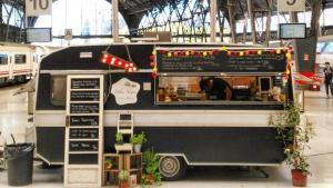El 'foodtruck' Pebre Negre, en la Estació de França, antes de la pandemia.