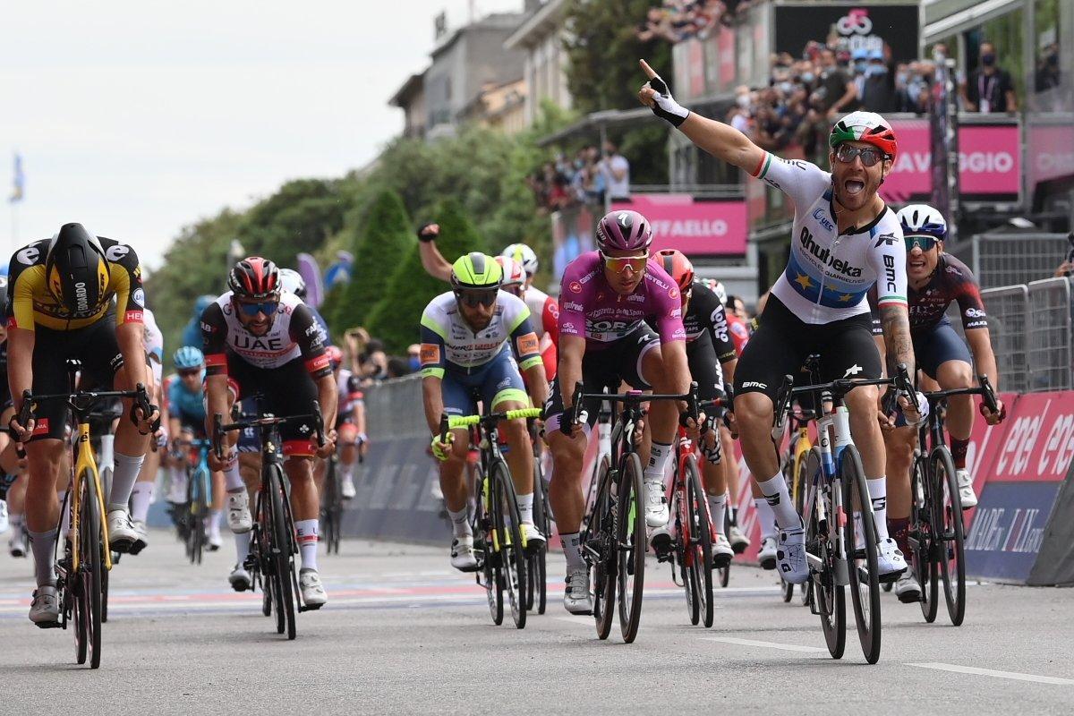Giacomo Nizzolo se impone en la 13ª etapa del Giro, en Verona.