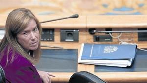 La exministra de Sanidad Ana Mato, durante una comparecencia en el Senado, en octubre pasado.