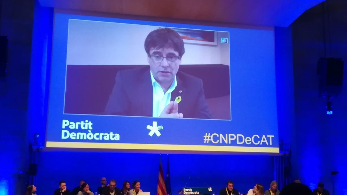 Carles Puigdemont, en su intervención, desde Bruselas, en el Consell Nacional del PdeCAT.