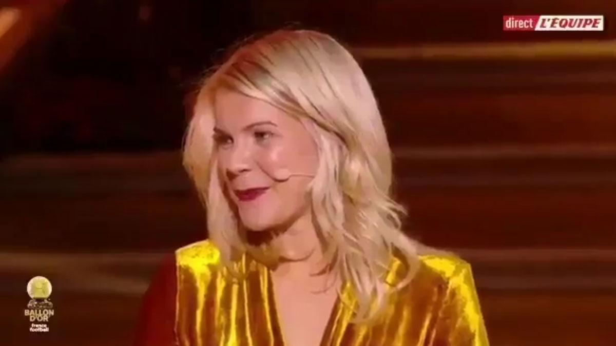 La reacción de Ada Martine Stolsmo, jugadora de fútbol y ganadora del Balón de Oro, cuando le preguntan si sabe hacer 'twerking'.