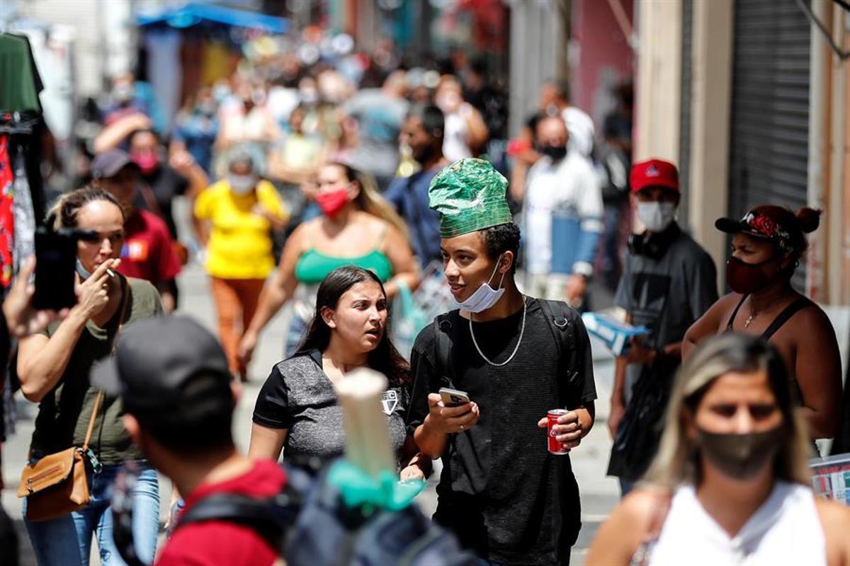 Imagen de una calle brasileña en tiempos de pandemia.