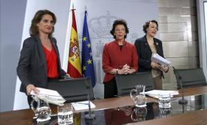 Rueda de prensa posterior a la reunióndel Consejo de Ministros dela Ministra Portavoz Isabel Celaáy las ministras Magdalena Valerio y Teresa Ribera.