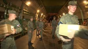 Aterrizan en Cuba dos aviones de ayuda humanitaria donada por Rusia
