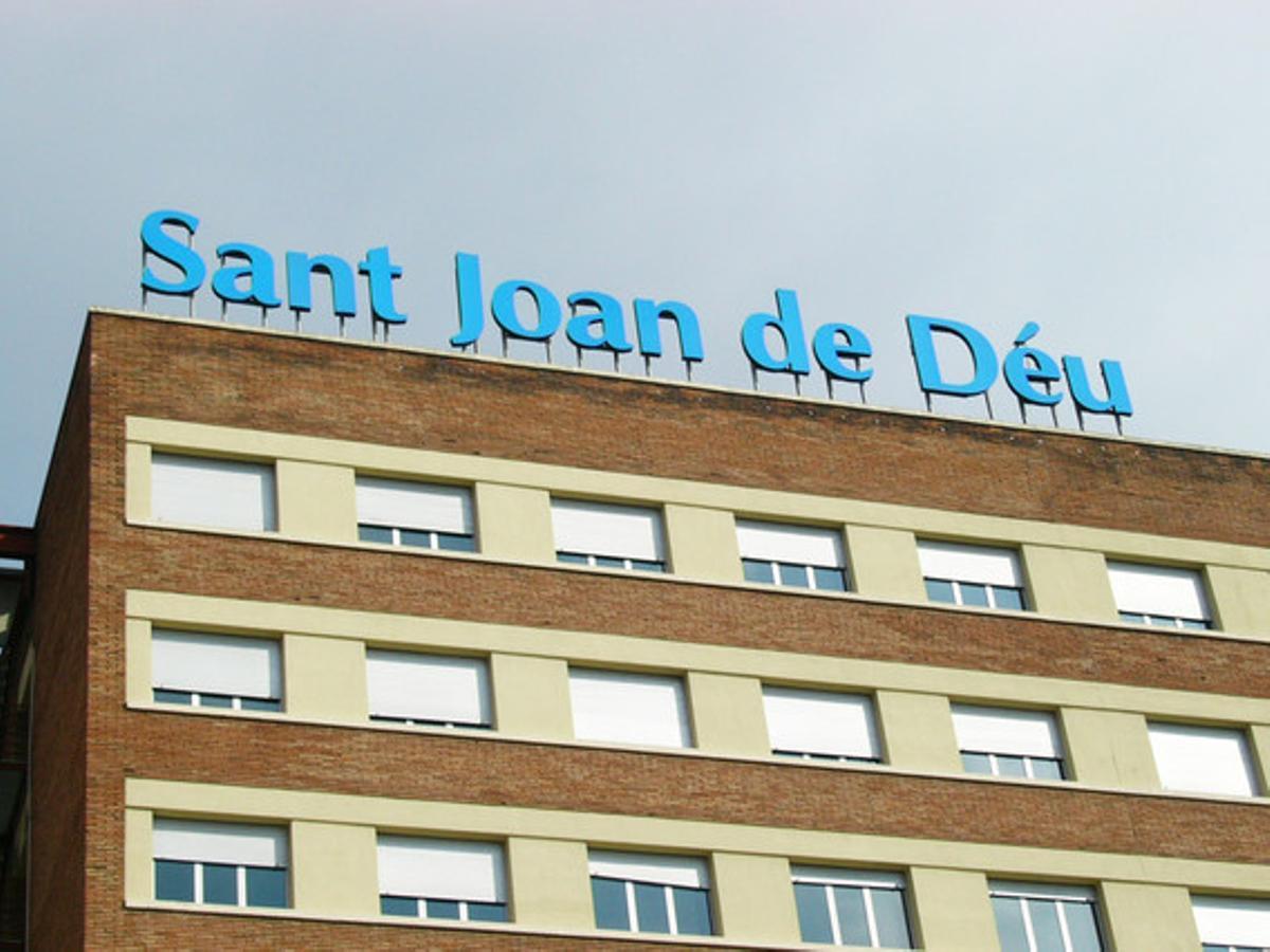Fachada frontal del hospital Sant Joan de Déu.