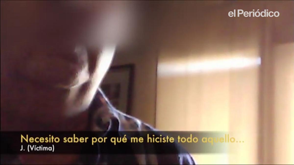 J, víctima de abusos continuados, graba con cámara oculta y entrevista a su exprofesor Marista A.F.