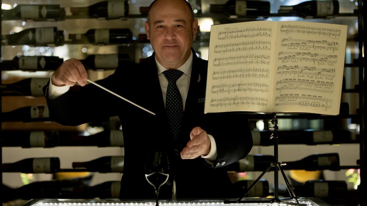 Joan Carles Ibáñez, sumiller del restaurante Lasarte.