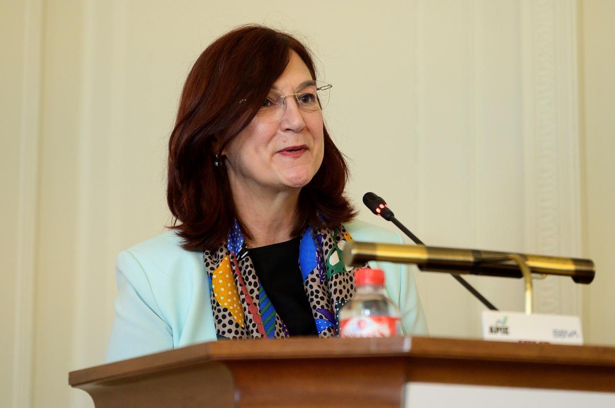 La presidenta de la CNMC, Cani Fernández