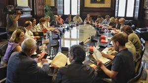 La Mesa del Parlament reunida.