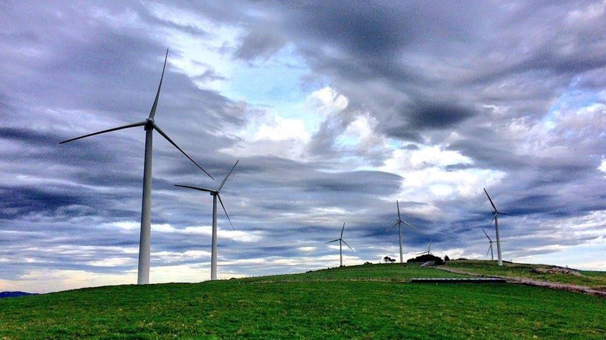 Parque eólico de Bodenayas (Asturias) .