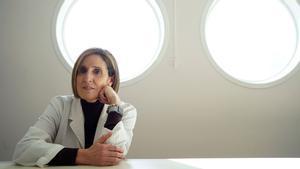Isabel Sola, investigadora que busca una vacuna contra el coronavirus en el CNB-CSIC.