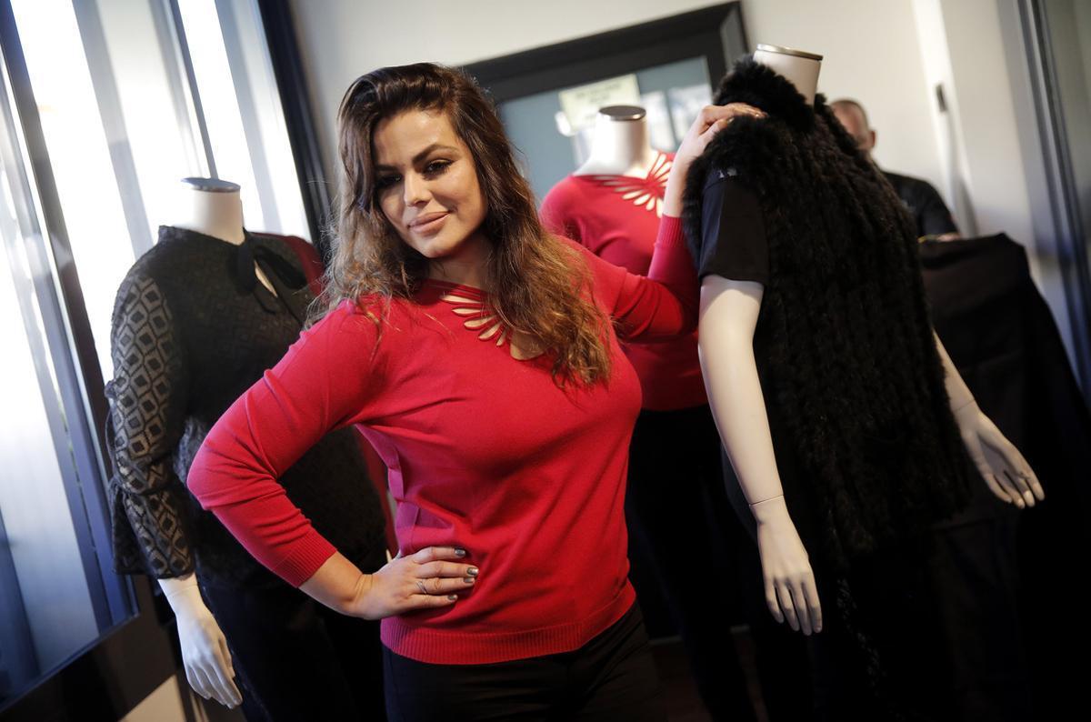 Marisa Jara, en una presentación de moda 'curvy' de Elena Miró.