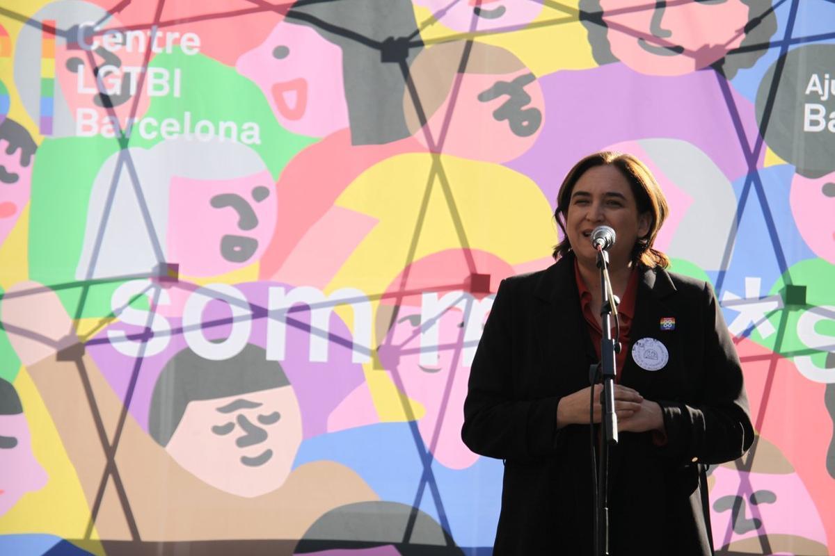 Barcelona inaugura el primer centro LGTBI de Catalunya.