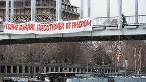Provocadora benvinguda de Femen a Rouhani per denunciar la falta de llibertats a l'Iran