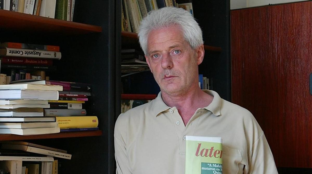 Mihály Dés.