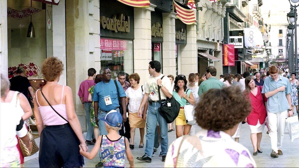 Estampa del Portal de l'Àngel, aquel verano de 1992.