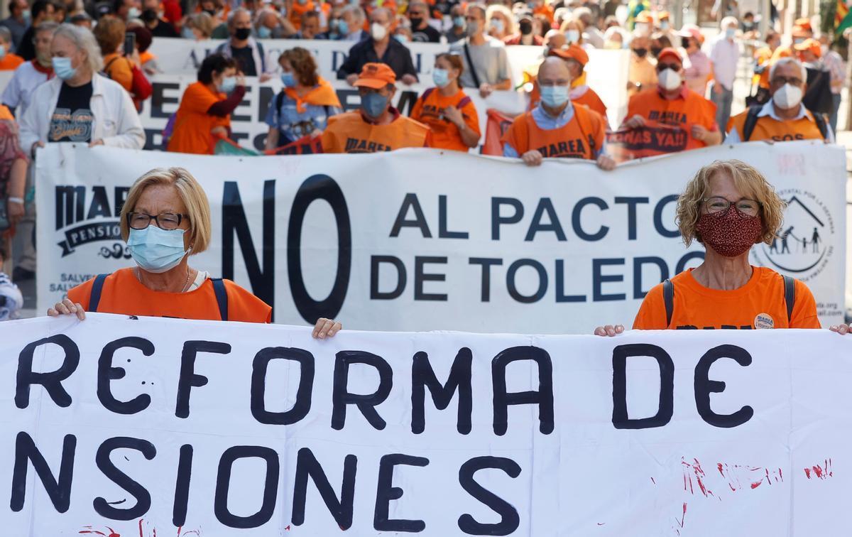 Protesta de la Marea de Pensionistas convocada a finales de junio en Barcelona.