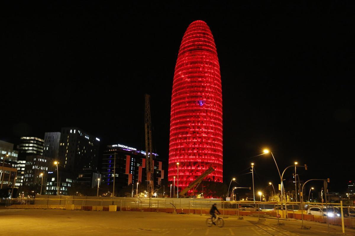 La torre Agbar de Barcelona, edificio que se ha ofrecido para ser la sede de la Agencia Europea del Medicamento.