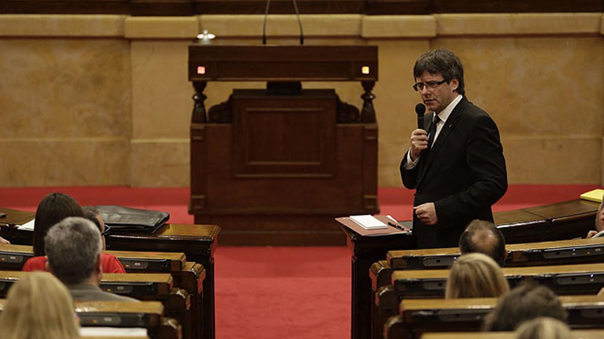 Intervenciones de Carles Puigdemont en el Parlament respondiendo a los grupos de la oposición.