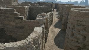 Imagen de la ciudad de hace más de 3.000 años hallada bajo la arena en Egipto