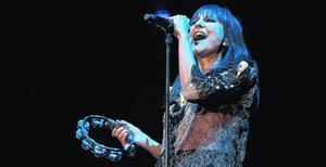 Eva Amaral, durant el concert de dijous a la nit al Palau Sant Jordi.