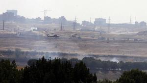El humo producido por al accidente del vuelo JK5022 de Spanair, el 20 de agosto del 2008 en el aeropuerto de Madrid.