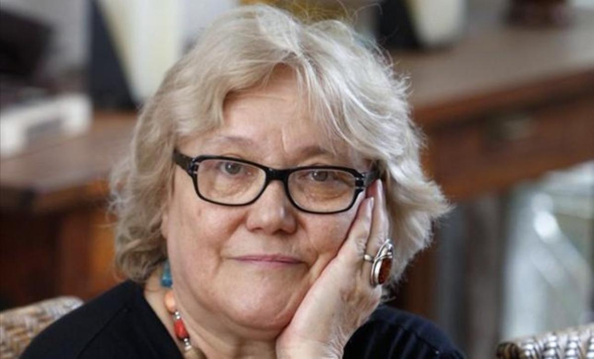 L'escriptora valenciana Isabel-Clara Simó.