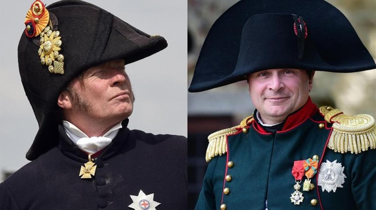 Recreación de los personajes de Wellington (izq) y Napoleón, en un combo de imágenes tomadas este jueves, durante la conmemoración del bicentenario de la batalla de Waterloo.