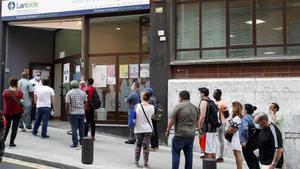 L'ocupació torna a créixer amb gairebé 100.000 afiliats més al maig