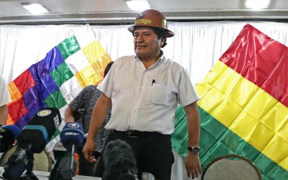 Evo Morales en conferencia de prensa en Argentina.