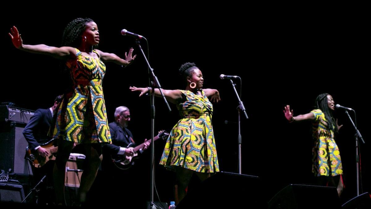 Las Sey Sisters ofrecerán esta noche su animado y reivindicativo concierto.