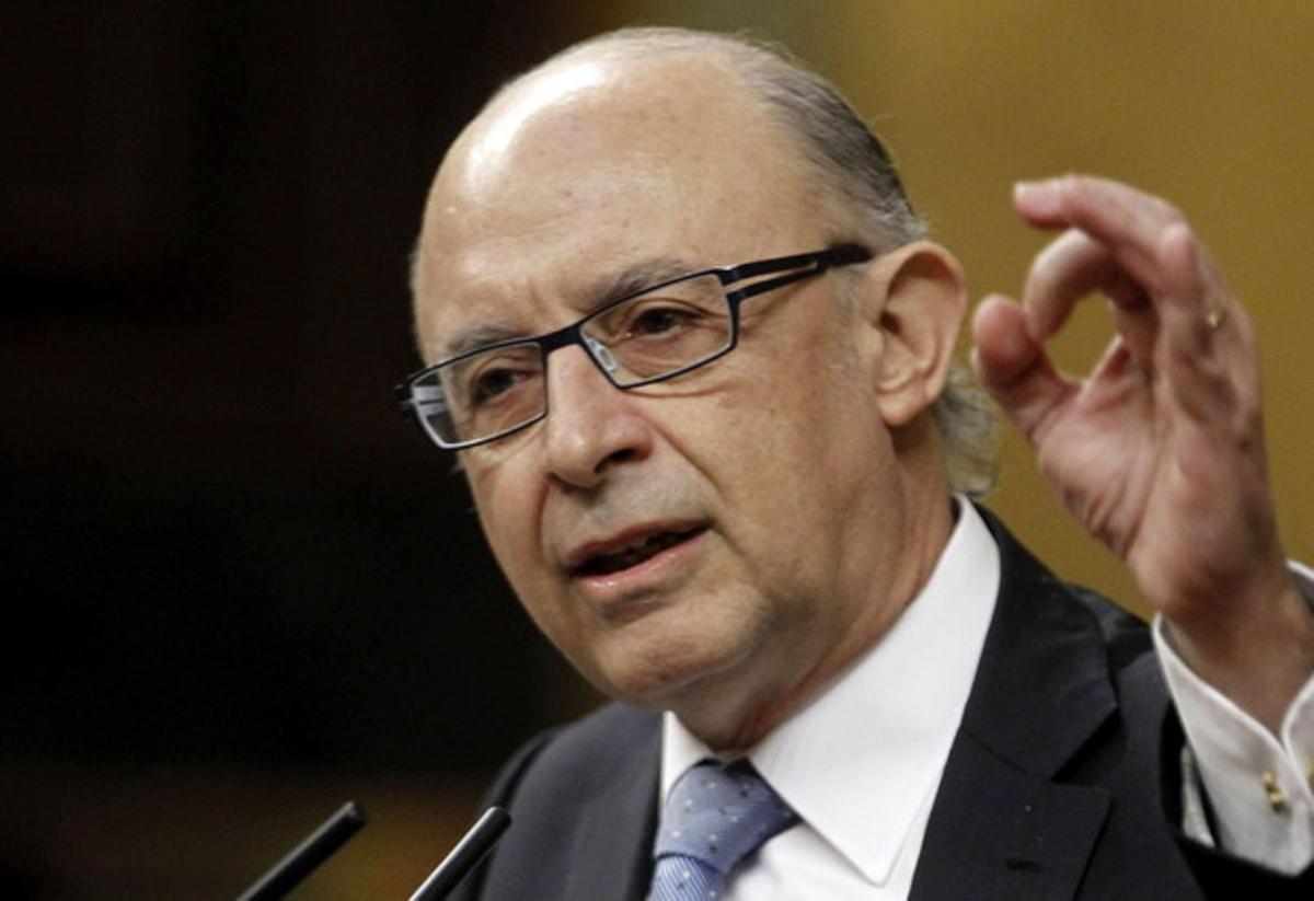 El ministro Montoro interviene en la sesión de control al Gobierno, el miércoles.
