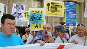 Manifestación de Adicae en Barcelona contra la cláusula suelo.