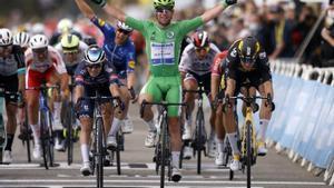 Cavendish, a un triomf de Merckx al Tour de França