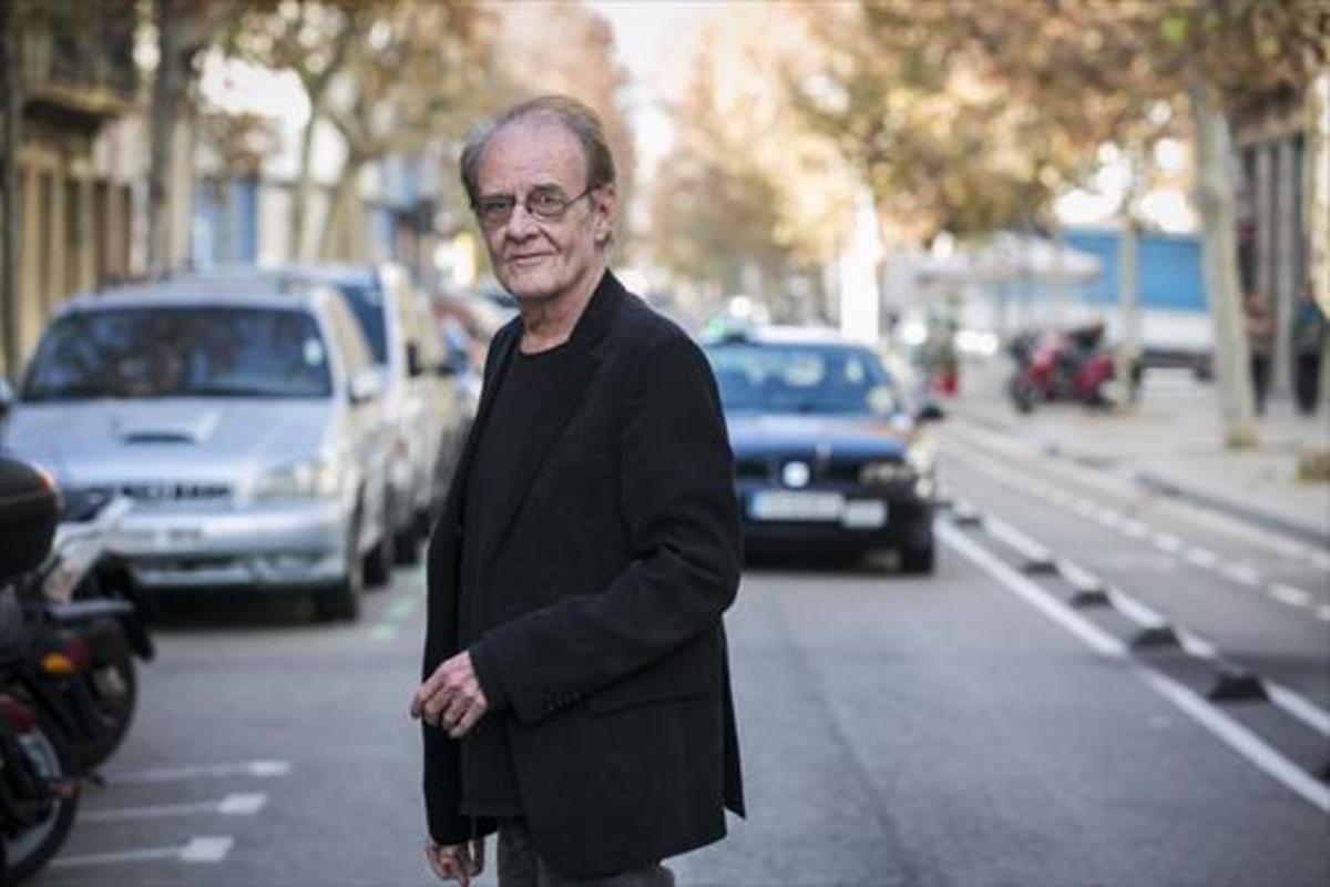 Luis Eduardo Aute, fotografiado en Poblenou, en diciembre del 2015.