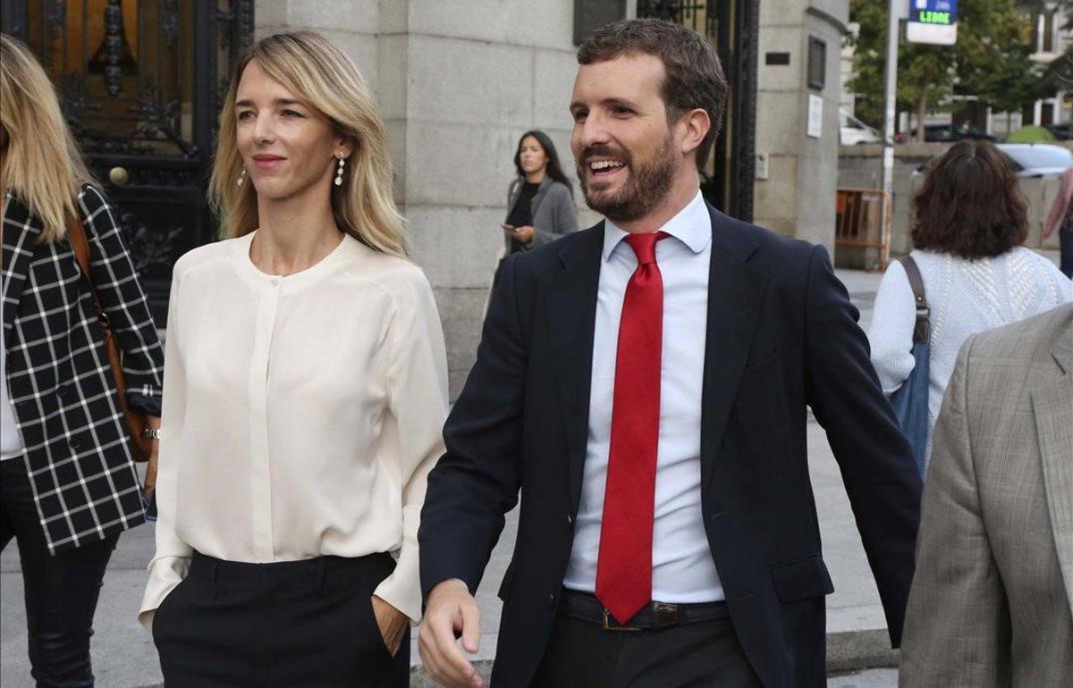 """Casado replica a Feijoó que Sánchez fue el que """"decidió dar el portazo"""" al PP"""