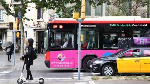 Els autobusos de Barcelona incorporen vigilants de seguretat a bord