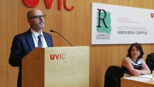 Ramon Besa, durante el acto en el que ha sido nombrado doctor honoris causa.