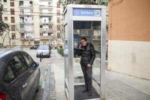 La última cabina clásica de Barcelona será un punto de intercambio de libros.