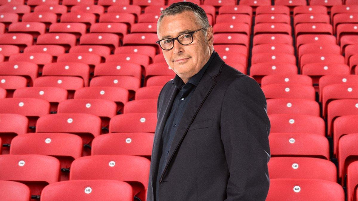 """La televisión y el deporte se despiden de Michael Robinson: """"Nunca caminarás solo"""""""