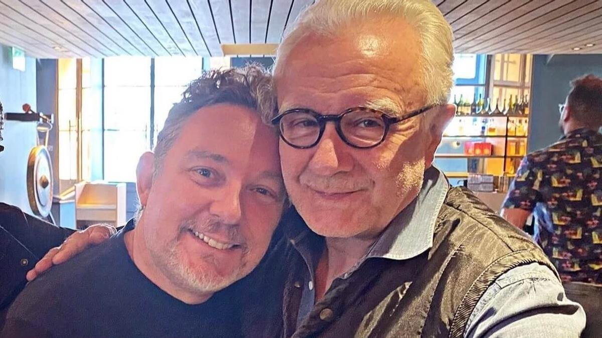 Albert Adrià y Alain Ducasse, en una foto colgada por el chef francés en Instagram para anunciar su inminente proyecto conjunto en París.