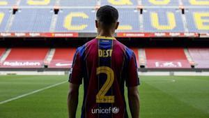 Dest descubre el Camp Nou.