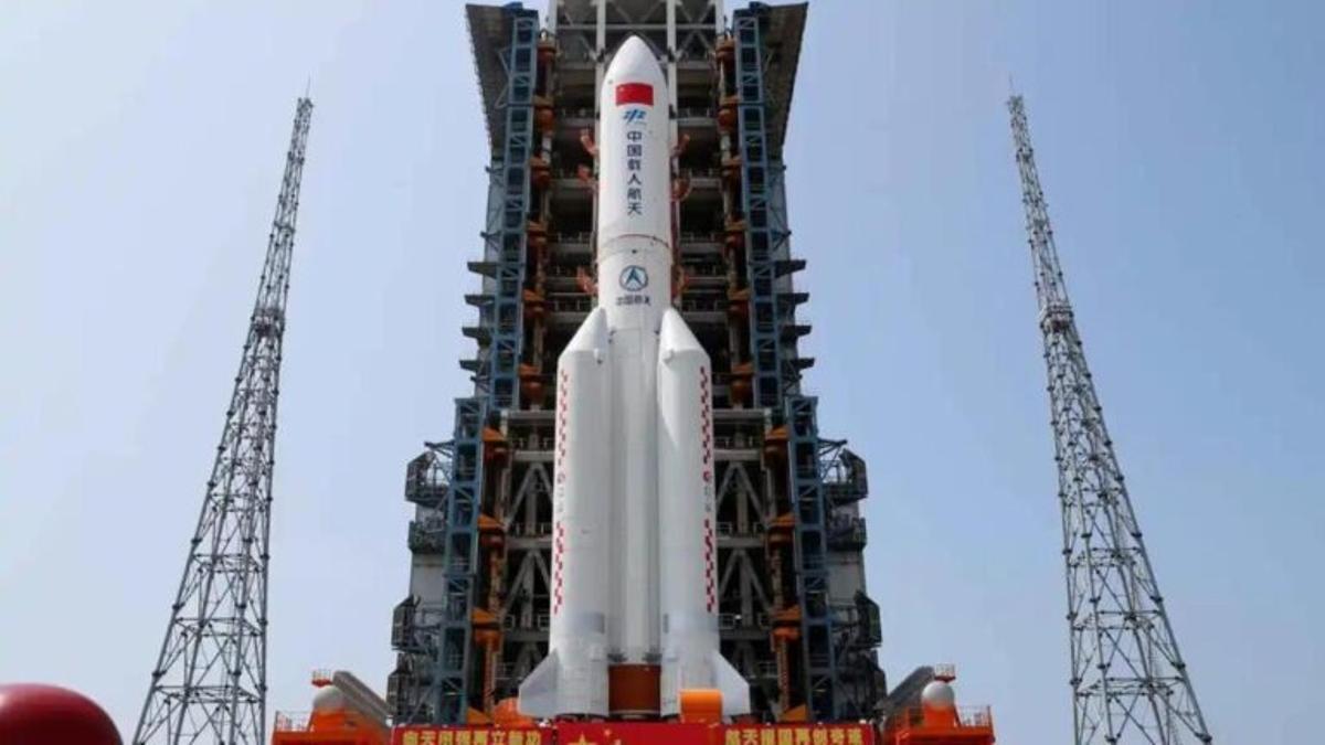 Restos del cohete chino descontrolado caen cerca de las Maldivas