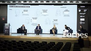 Experts d'Aquaservice, Naturgy i Indra debaten sobre economia circular en el Forbes Summit Sustainability